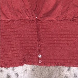 Forever 21 Tops - Cute low neck blouse